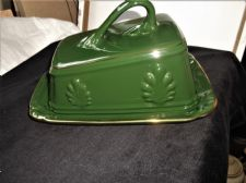 RICH DEEP GREEN GLAZED GILDED CHEESE DISH PLATE & WEDGE LID RAISED DESIGN